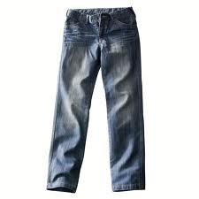 Vienas taksistas Pietų Australijoje turės sumokėti baudą už tai, kad darbo metu mūvėjo džinsus, o ne padorias kelnes. 44 metų […]