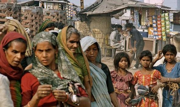 Visame pasaulyje žemiau skurdo ribos ($1.25 per dieną) gyvena 1.4 milijardo žmonių. 450 milijonų šių žmonių gyvena Indijoje. Vidutinis Indijos […]