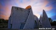 Sovietų architektai pašalina liūdesį akimirksniu, jie mėgina sutalpinti gyvenimo prasmę, mirtį ir bando tai pavaizduoti savo darbuose. Kai kurios sovietinės […]