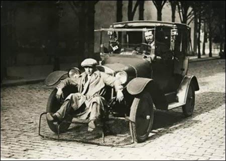 Apsauginis tinklas skirtas apsaugoti pėsčiuosius (1924)