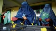 Afganistane rinkimai yra tikrai milžiniškas renginys, turint omenyje kalnuotą šalies reljefą, menką infrastruktūrą, Talibano kovotojų išpuolius, rinkėjų sąrašų trūkumą, klastojimo […]