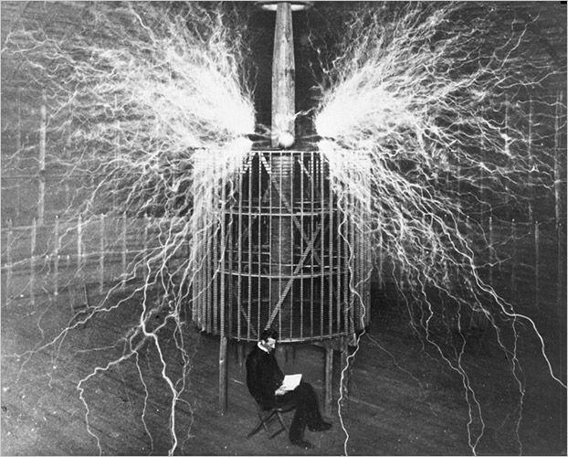 Nikola Tesla ir žaibai