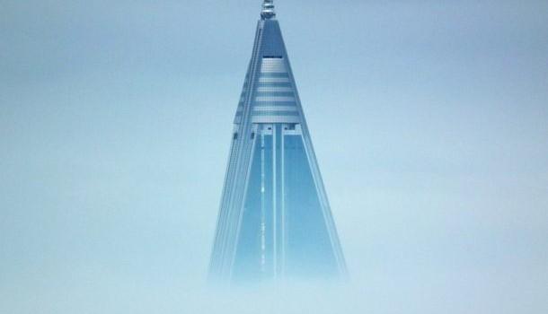 Aukštas piramidės formos pastatas stūkso Šiaurės Korėjos sostinėje. Tai greičiausiai vienas populiariausių ir žinomiausių pavyzdžių, kai statybos žlunga. Šis pastatas […]