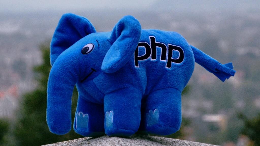 PHP talismanas dramblys vardu- elePHPant